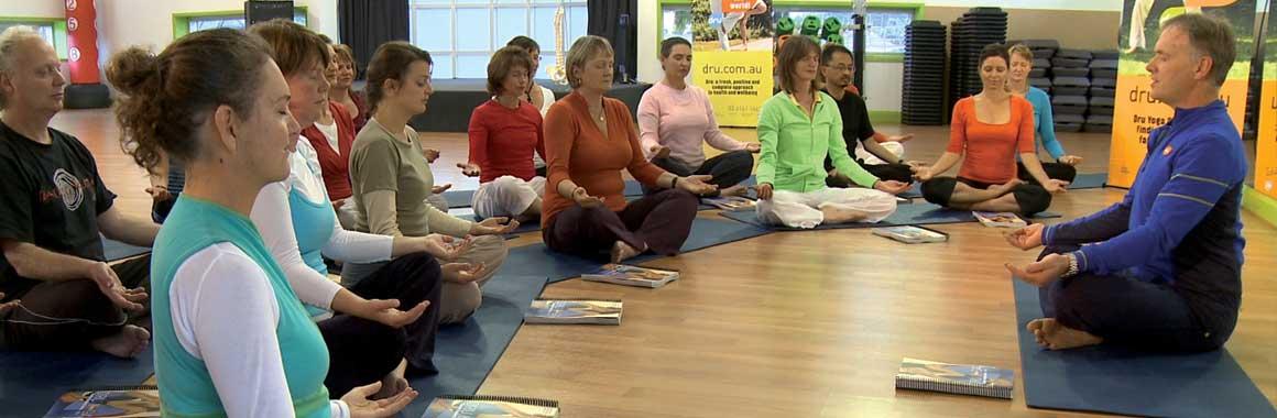 Yoga-class-john-jones